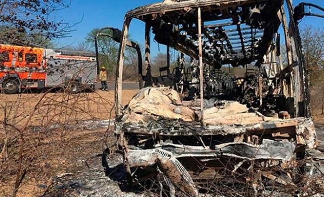 Yolcu otobüsünde patlama: 42 ölü