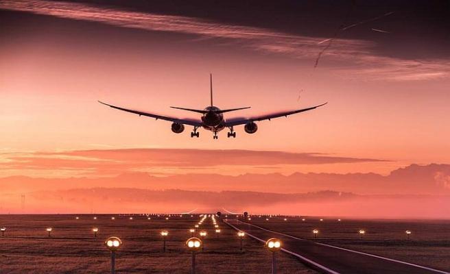 Havayolu şirketleri yolcu bilgilerini Yunan polisiyle paylaşacak