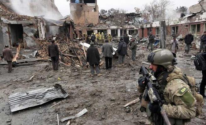 Afganistan'da intihar saldırısı, 2 ölü