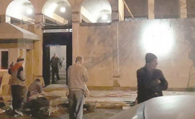 BAE, Şam büyükelçiliğini bugün açıyor