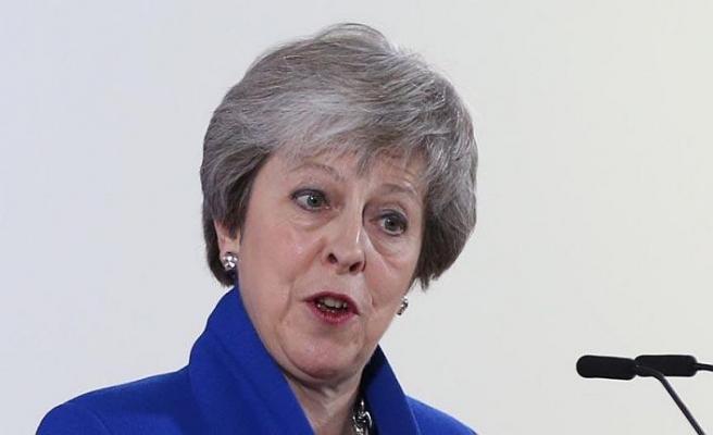 Brexit oylaması öncesi Parlamento'dan darbe