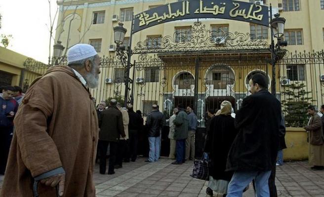 Cezayir'de Kadıyanilere ceza