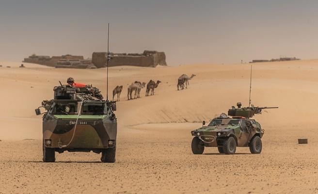 Cezayir sınırında füzeler bulundu