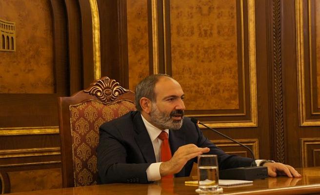 Ermenistan'dan Türkiye'ye zeytin dalı