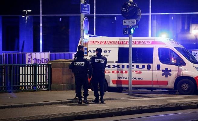 Fransa'da Noel pazarında silahlı saldırı