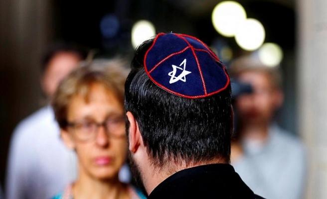 Fransa'dan 200 bin Yahudi İsrail'e göç edecek
