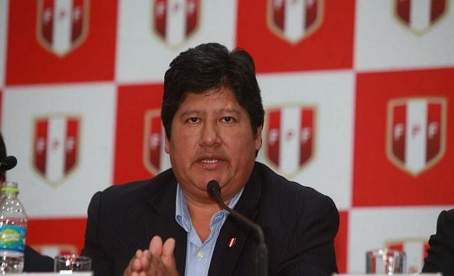 Futbol federasyonu başkanı örgüt bağlantısıyla suçlanıyor