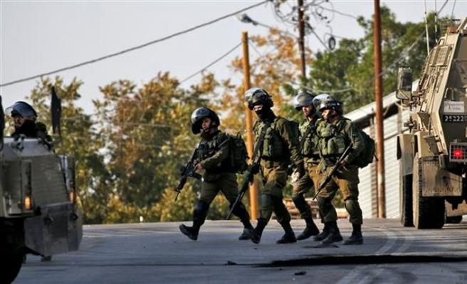 Gece füze atan İsrail içerde de gözaltılara devam ediyor