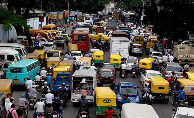 Hindistan'da yoğun trafiğe Japon ayarı