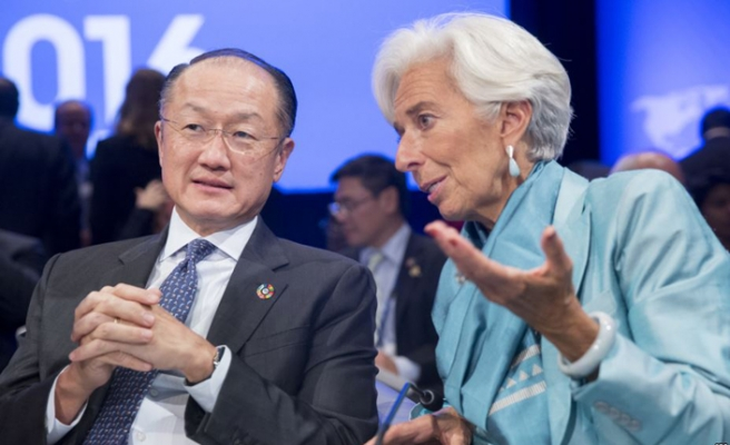 IMF ve Dünya Bankası Ukrayna'ya musluğu açtı