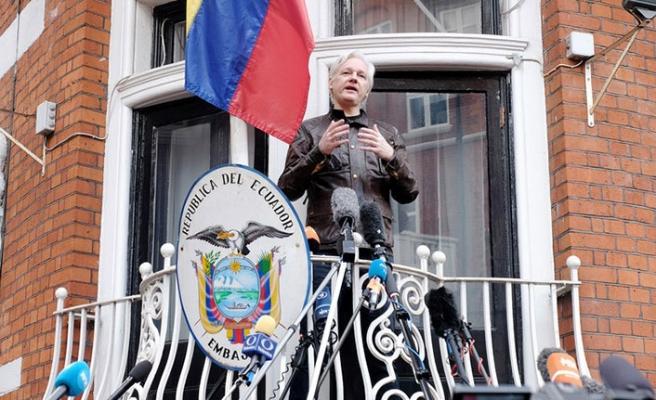 İngiltere Assange'a garanti verdi
