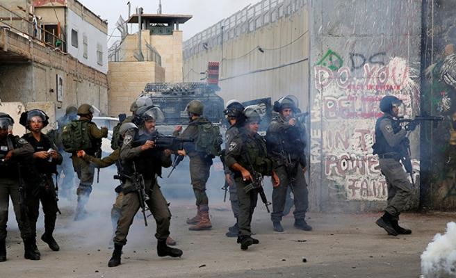 İsrail Hamas üyelerini gözaltına aldı