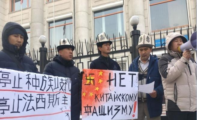 Kırgızlardan Çin'in yeniden eğitim kampındaki mahkumlarına destek