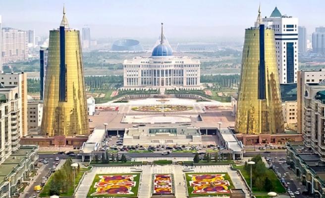 Kırmızı bültenle aranan Kazakistan vatandaşı iade edildi