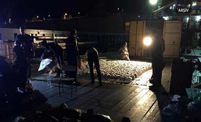 Lazkiye limanından çıkan gemiye uyuşturucu operasyonu