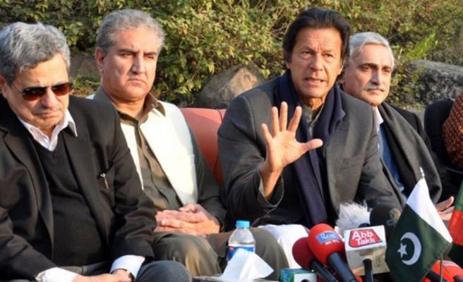 """Pakistan Başbakanı'ndan """"kiralık silah"""" benzetmesi"""