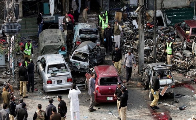 Pakistan'da saldırı: 6 yaralı