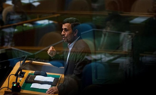 Ruhani hükümeti ile Ahmedinejad arasında tartışma