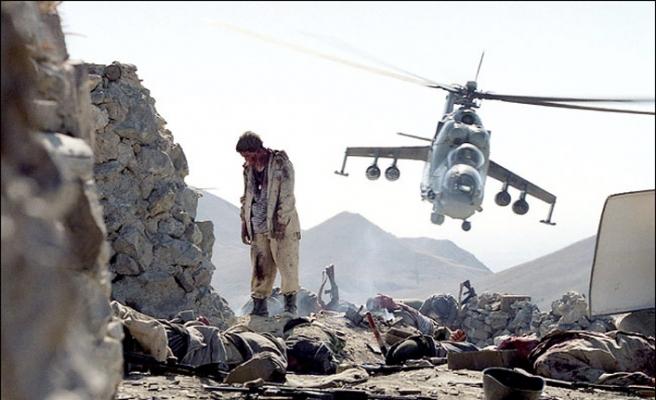 Seksenli Yıllarda Yaşamak ve Afganistan - Haşim Akın