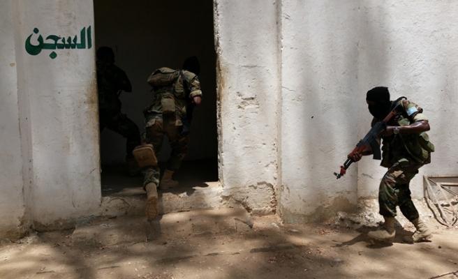 Somali'de terör örgütleri Eş-Şebab ve DEAŞ çatışıyor