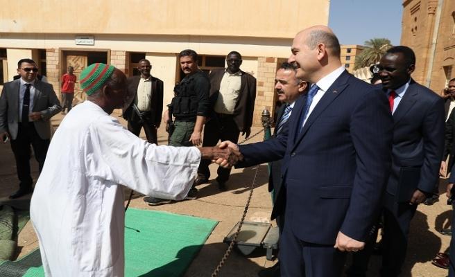 Soylu'dan Sudan'daki Osmanlı Paşaları Mezarlığı'na ziyaret