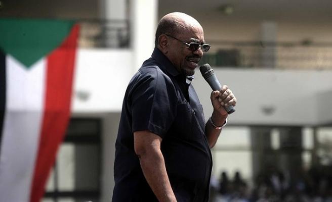 Sudan Devlet Başkanı Beşir: Sudan'daki hainler halkın geçim sıkıntısını istismar ediyor