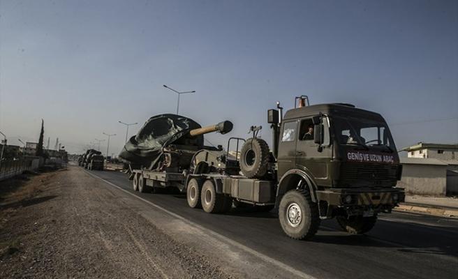 Suriye sınırına takviye araçlar gönderildi