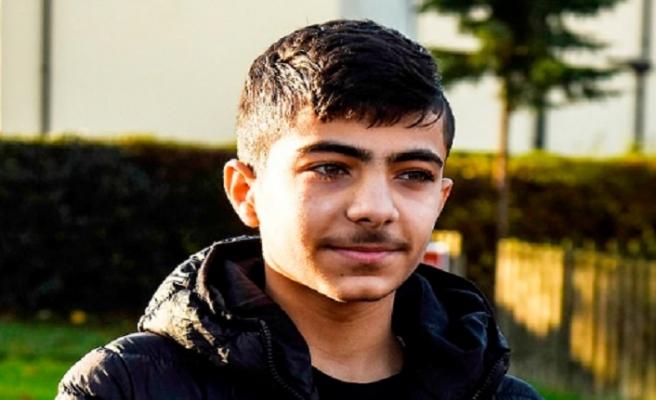 Suriyeli mülteciye saldıran İngiliz ergen ülkeden kaçtı