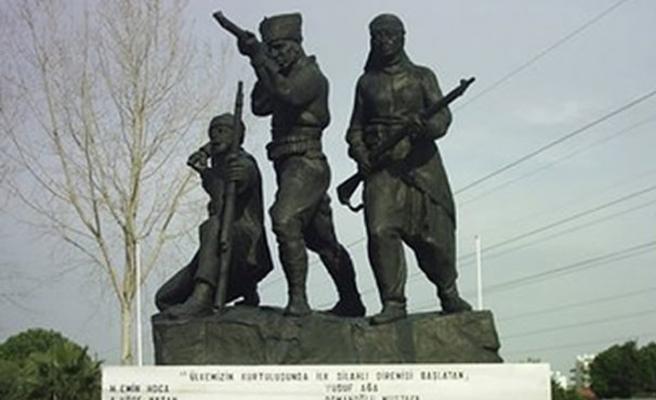 TARİHTE BUGÜN (19 Aralık): Milli Mücadele'nin ilk kurşunu atıldı