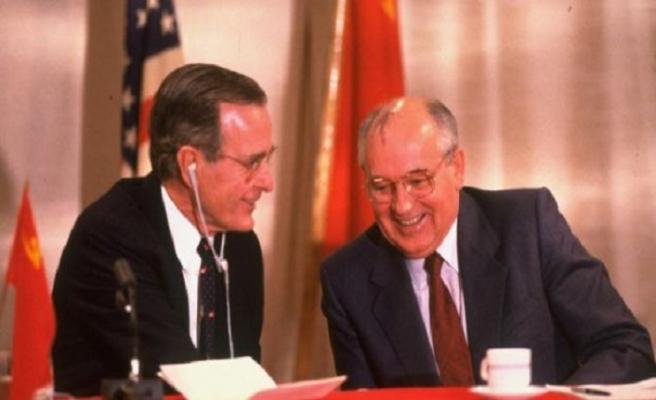TARİHTE BUGÜN (3 Aralık): Soğuk Savaş resmen sona erdi