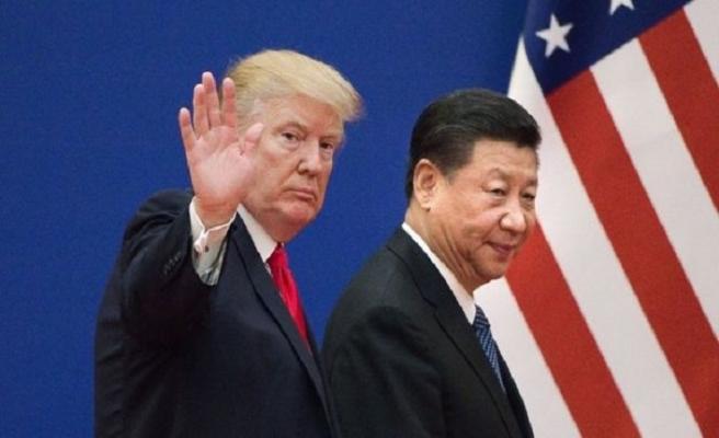 Trump, Çin Devlet Başkanıyla aynı masada
