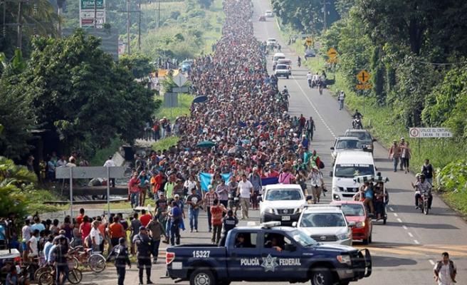 Trump göçmenleri oyalıyor