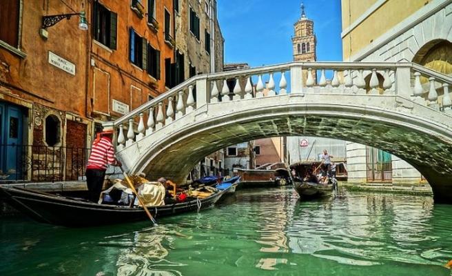 Venedik turistler için ücretli oluyor