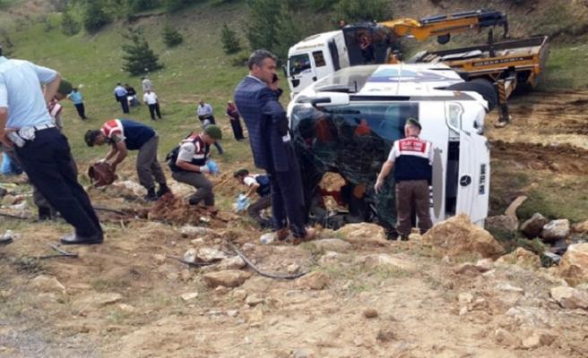 Yozgat'ta kaza, 1 ölü 20 yaralı