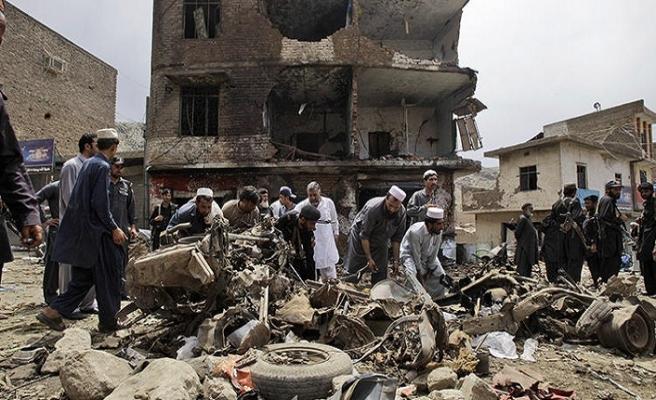 Afgan güvenlik güçleri ve Taliban Belh'de çatıştı