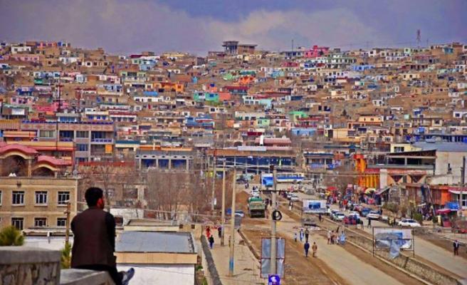 Afganistan'da belediye yönetimlerine 11 kadın atandı