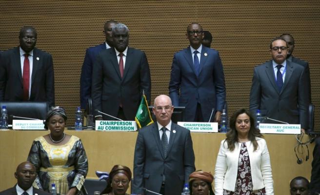 Afrika Birliği Gabon'daki darbe girişimini kınadı