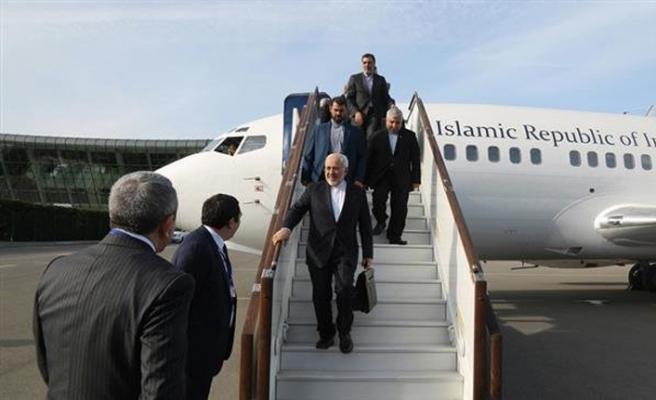 Cevad Zarif Hindistan-İran ortak ilişkileri için Hindistan'da