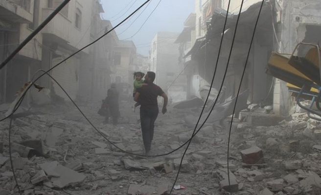 Esed rejimi sivilleri kampta vurdu