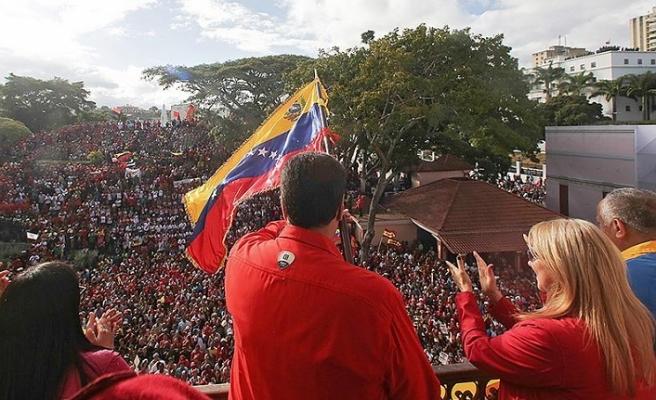 FHKC, ABD'nin Venezuela'nın içişlerine müdahalesini kınadı