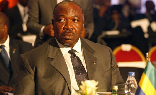 Gabon'da hükümette kısmi değişikliğe gidildi