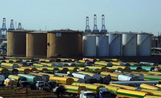 İslam Kalkınma Bankası Pakistan'a borç petrol verecek