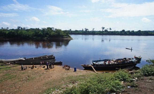 Kamerun'da nehirde 11 ceset bulundu