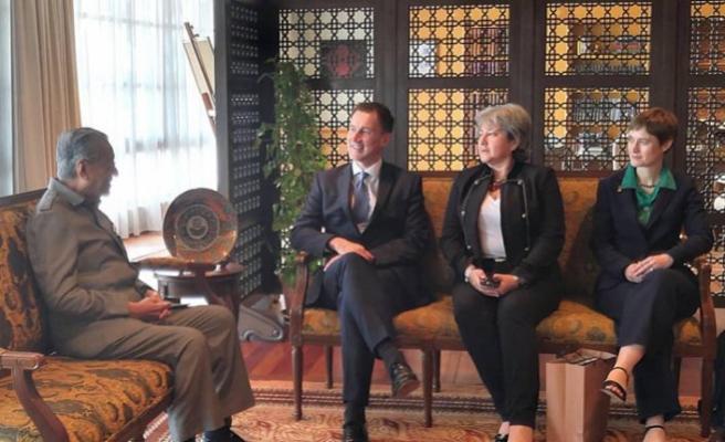 Malezya ve İngiltere dışişleri bakanları Rohingya'yı görüştü