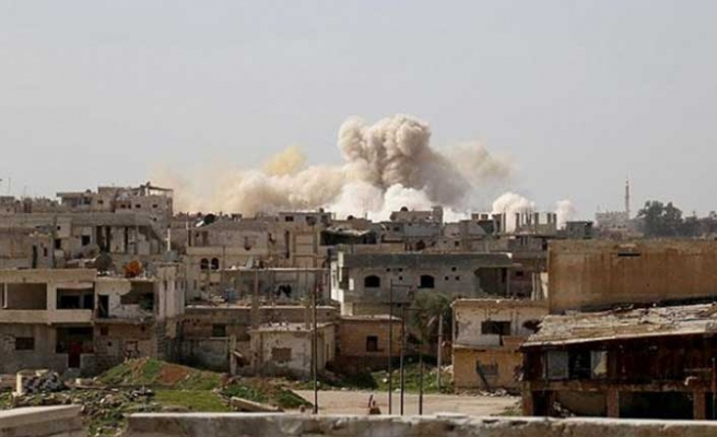 Rejim güçleri Hama'ya saldırdı