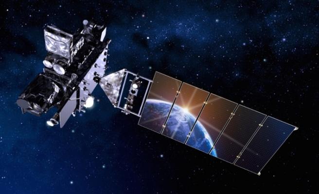 Ruhani: Gelecek hafta uzaya 2 uydu fırlatacağız