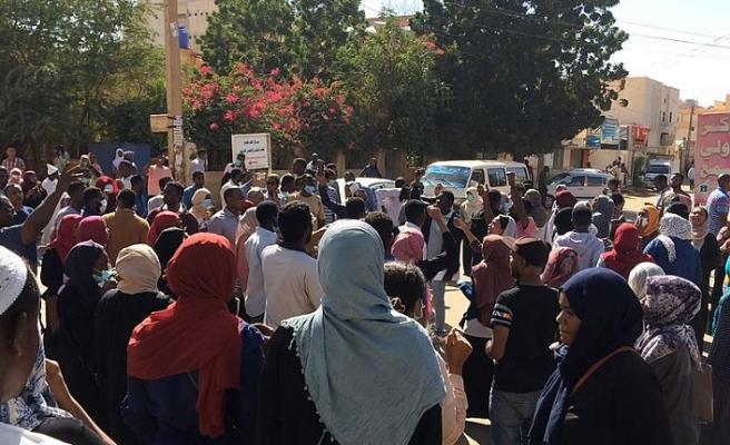 Sudan'da gösterilerde gözaltına alınanlar serbest bırakılacak