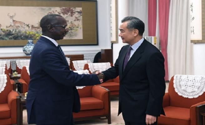 Sudanlı yetkililer ülkedeki krize Çinlilerle çözüm aradı