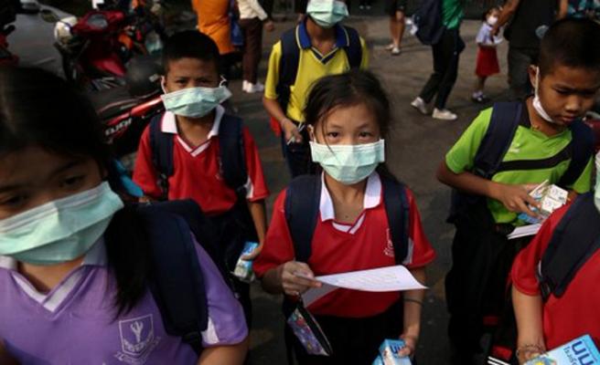 Tayland'da nefes almak zorlaştı, okullar tatil