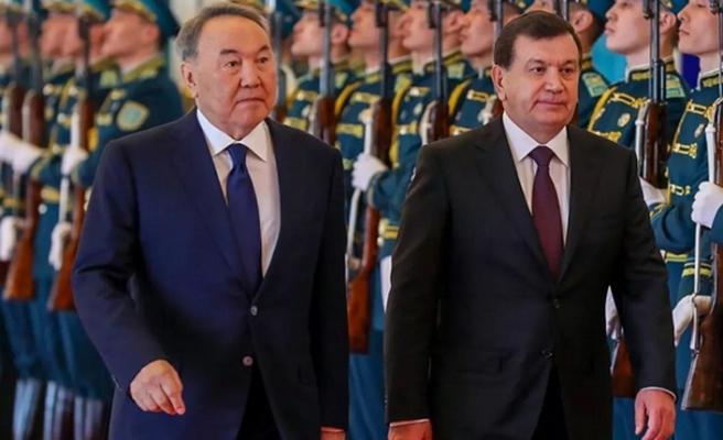Türkistan'ın yeniden doğmasında Özbek-Kazak ilişkilerinin önemi - Namoz Normümin Mohammad